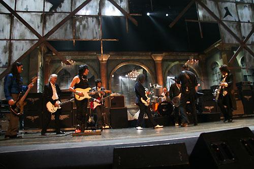 MetallicA e convidados (Jimi Page, Led Zeppelin)
