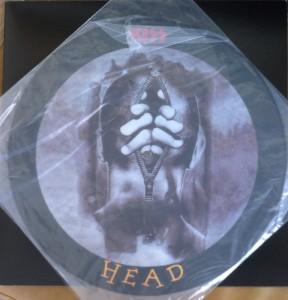 *A edição picture, o segundo lado do disco traz a expressão  HEAD, que consagrou-se como nome desta versão.