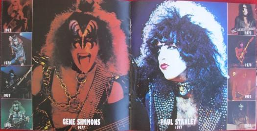 No encarte - fotos dos membros ao passar dos anos (Gene e Paul)