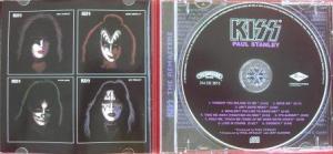 No cd remaster, há na contracapa um foto das capas dos outros álbuns solo, um projeto integrado e inédito para uma banda.