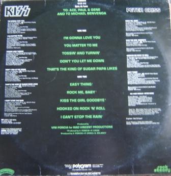 Na contracapa do vinil, além dos integrantes que participam de cada música, há a dedicatória aos outros membros da banda e a Michael Bevenga (