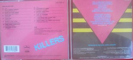 No cd importado (alemão) - o Logotipo KISS com os SS invertidos
