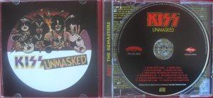 A contracapa e a bolacha da edição remaster do cd