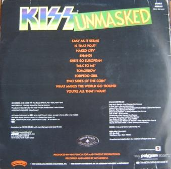 A contracapa do vinil mostra o logotipo colorido do Kiss - um visual adequado para o momento pop da banda.