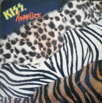 No vinil brasileiro - a temática animalesca, sem fotos da banda.
