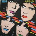 A capa do vinil brasileiro da época do lançamento.