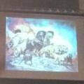 Um dos telões do Credicard Hall, que alternou capas e imagens do Manowar, além de, muito raramente, vídeos ao-vivo do show.