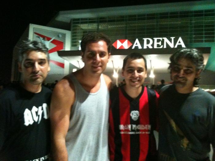 Flavio Remote, Rolfístico Personagem, Eduardo e Alexandre B-Side entrando na Arena HSBC