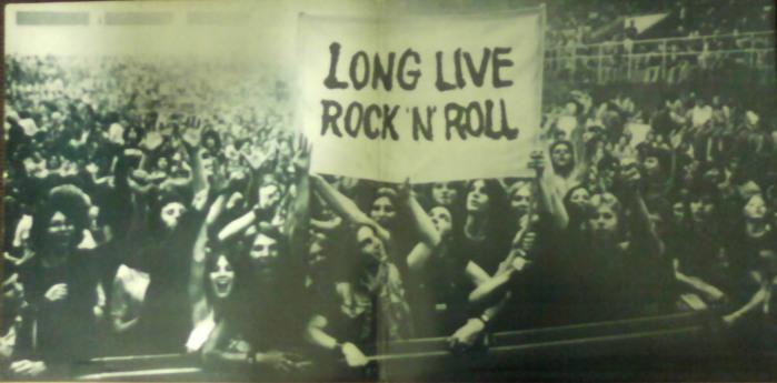 A polemica faixa editada na parte interna do álbum - uma foto tirada de um show do Rush