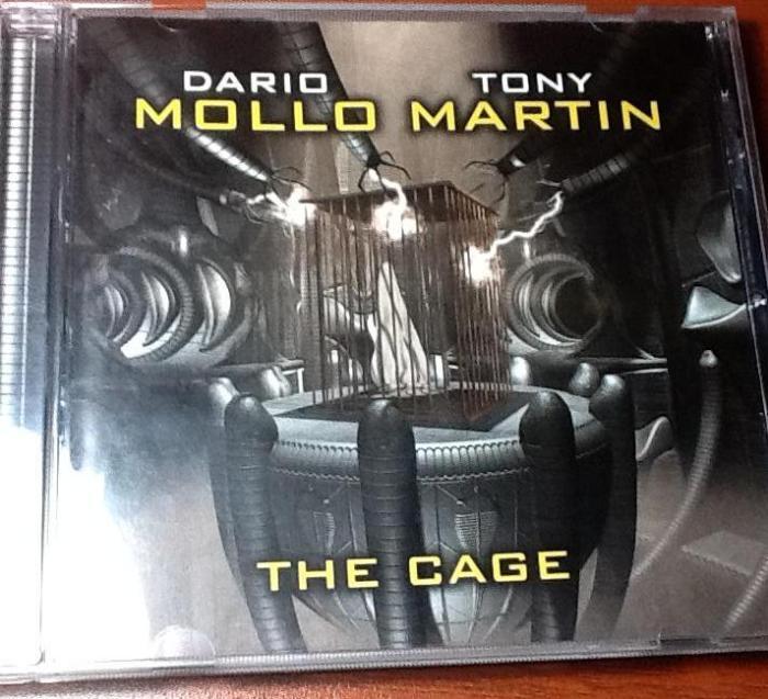 Capa do primeiro CD  do projeto The Cage