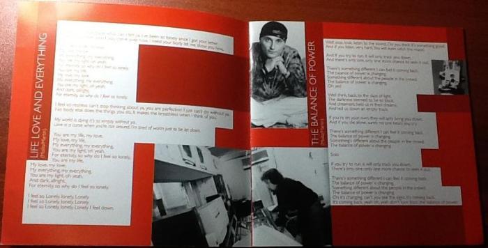 No detalhe, foto do baterista Roberto Gualdi e Dario Mollo no estúdio onde o projeto é gravado
