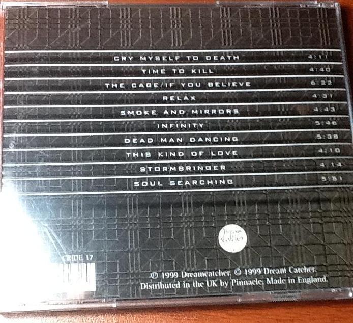 Contra-capa e o tracklist