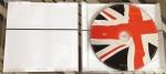Beast Over Hammersmith - CD 1 e contra-capa do encarte