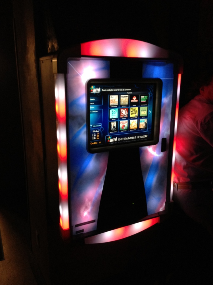 A moderna jukebox, totalmente digital