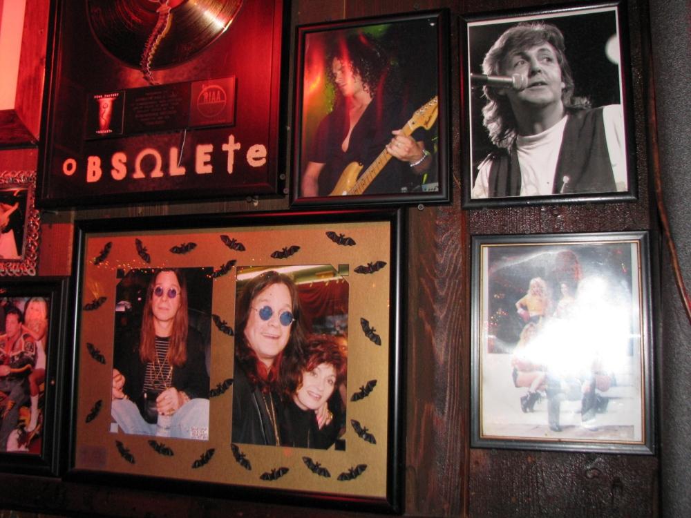 Ozzy perto do ídolo Paul Macca