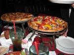 Pizzas - acreditem: são MUITO mais bonitas que gostosas (para um padrão paulistano, é claro)