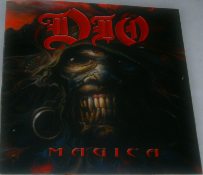 A capa do cd MAGICA