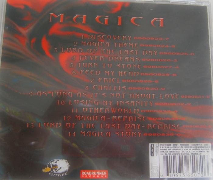 A contracapa de Magica