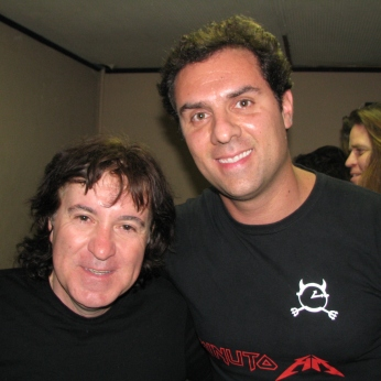 Simon Wright e Rolf (Craig Goldy no fundo)