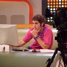 MM1MC-008F_MTV_ABRIL2001