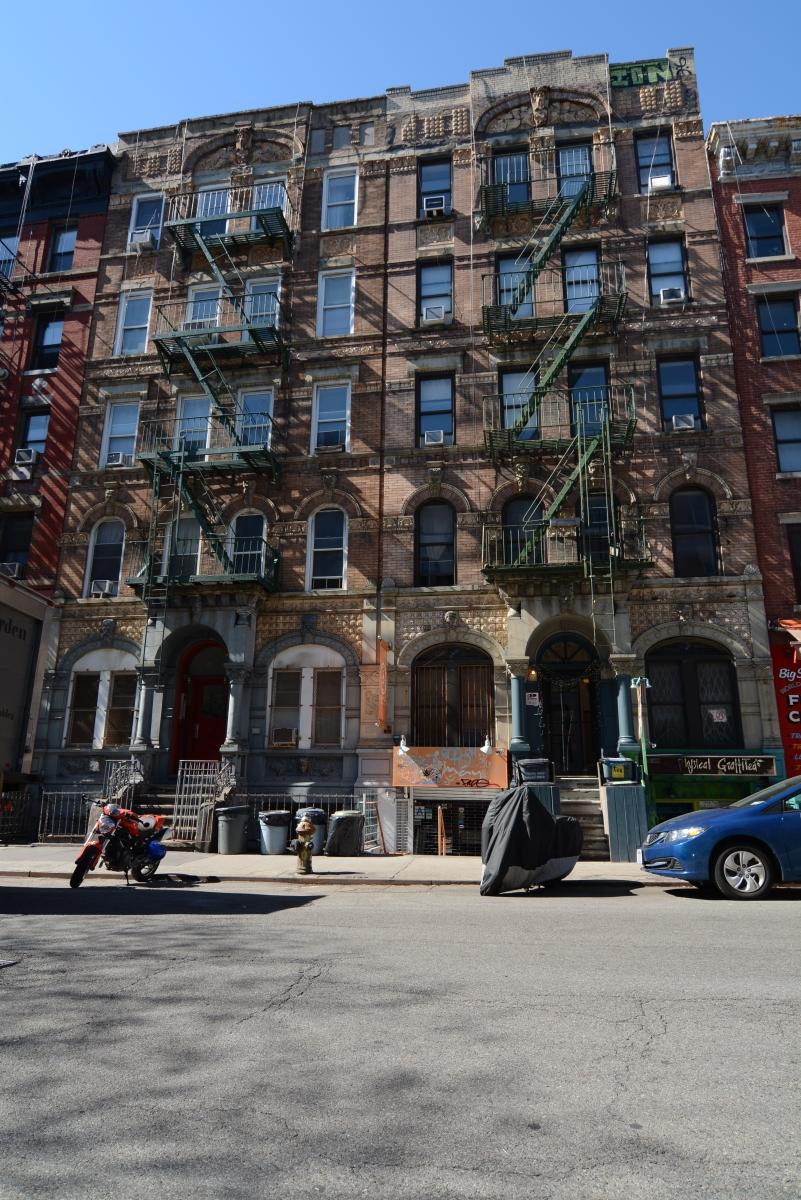 Minuto HM em NY / NJ / DC - o prédio da capa de Physical Graffiti (Led Zeppelin) e vídeo dos Rolling Stones