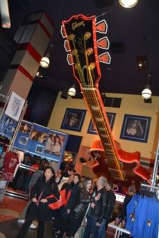 A tradicional guitarra do teto