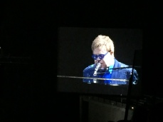 EltonJohn_Madrid_Spain_2014_0116