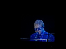 EltonJohn_Madrid_Spain_2014_0123
