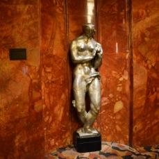 Escultura no Lobby