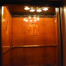 Um dos elevadores