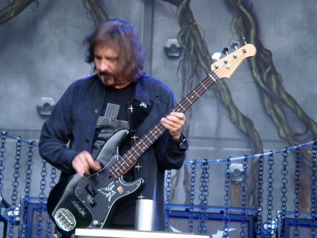 10 Lakland Geezer Butler Signature Bass - 2013 02