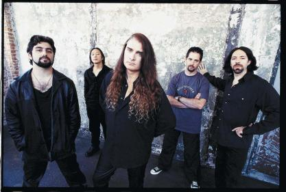 DREAM THEATER EM 1999: MIKE PORTNOY, JOHN MYUNG, JAMES LABRIE, JOHN PETRUCCI E JORDAN RUDESS