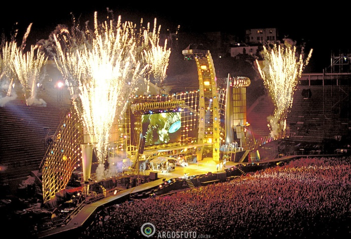 Sao Paulo, SP, Brasil Jan/1995 Show Voodoo Loungue, dos Rolling Stones, durante o Hollywood Rock, no Pacaembu em SP./Rolling Stones Voodoo Loungue concert, during Hollywood Rock, at Pacaembu stadium in SP. Foto © Marcos Issa/Argosfoto