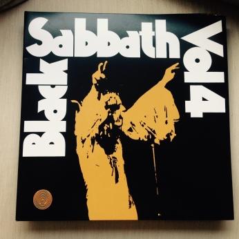 BlackSabbath_Vol4_00
