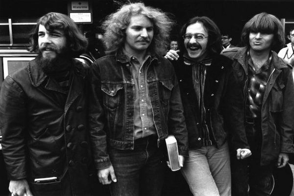 CREEDENCE CLEARWATER REVIVAL: DOUG CLIFFORD, TOM FOGERTY, STU COOK E JOHN FOGERTY