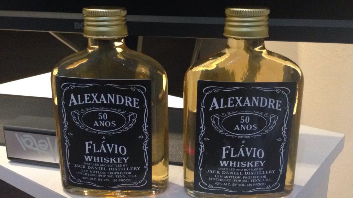 De repente... 50 anos: parabéns Alexandre, o B-Side, e Flávio, o Remote